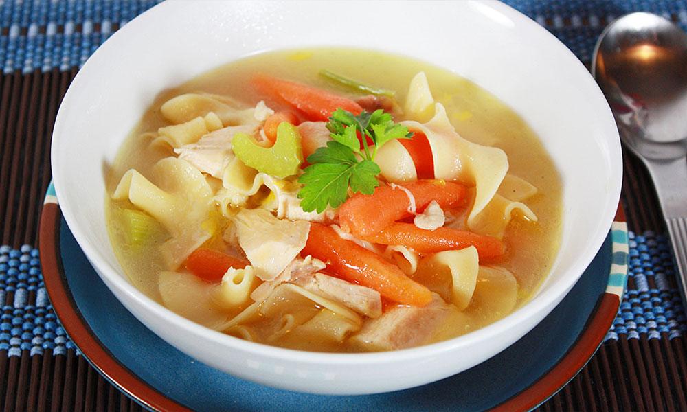 Receta de Sopa de Pollo con un toque oriental