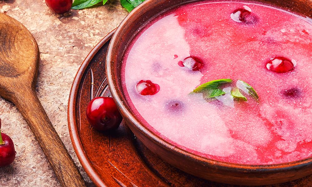 Receta de sopa fría de cerezas
